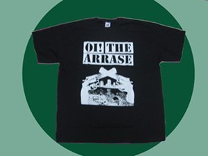 CAMISETA OI! THE ARRASE PISTOLAS NEGRA CHICO