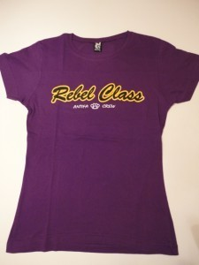 CAMISETA REBEL CLASS ANTIFA CREW MORADA CHICA